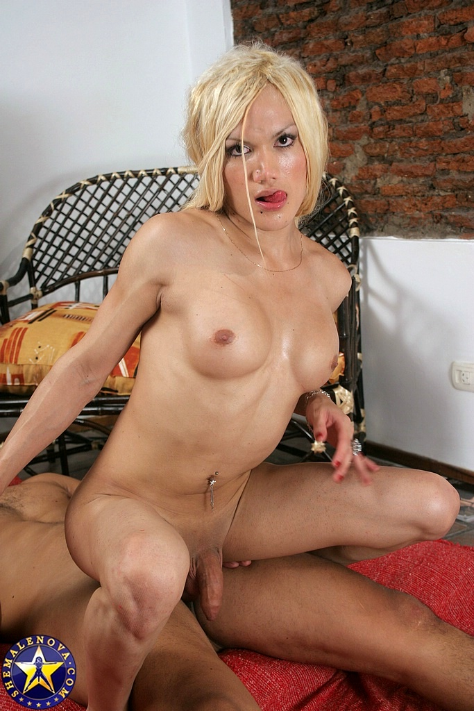 A Transexual Friend Turns Into A Starved Lover