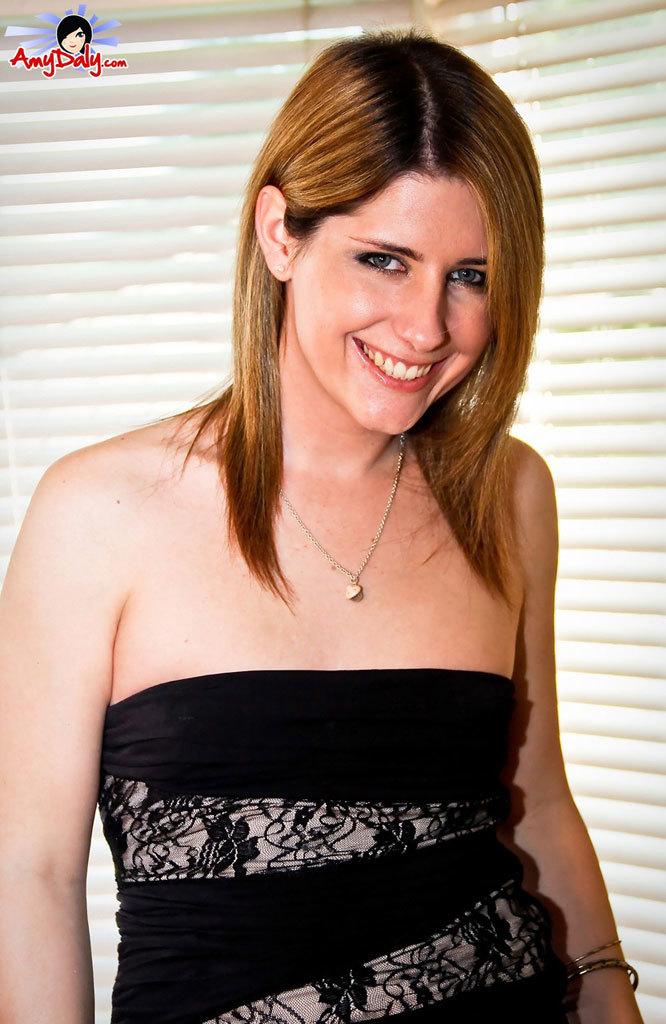 Amy Doing A Sensuous Striptease Then Cumin!