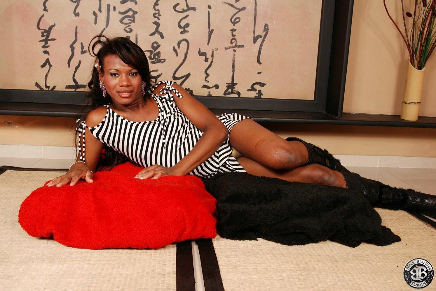 Brazilian Transexual Hottie Rafaela Flashes It All
