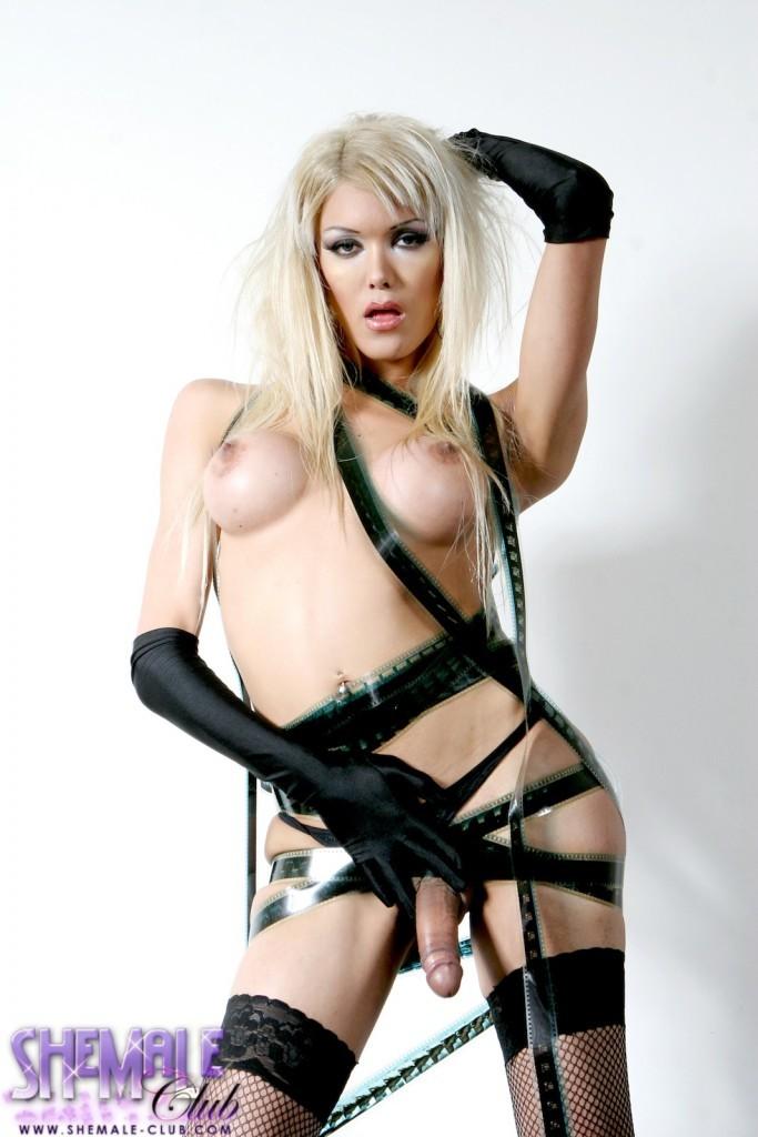 Glamorous T-Girl Daniela Posing Her Long Stiff Cock