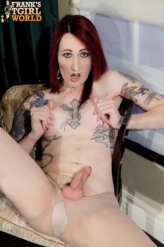 Las Vegas TS Strips Out Of Racy Panties