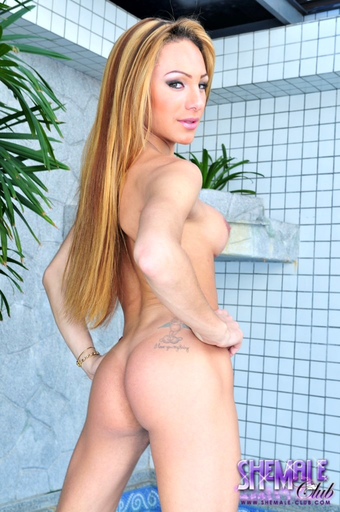Splendid Mylena Posing Her Fantastic Body